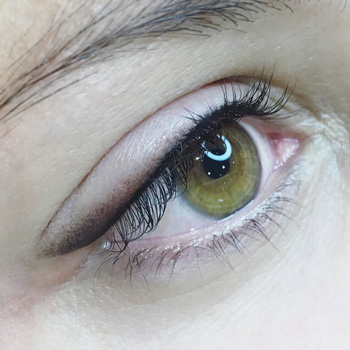 Eyeliner avec effet poudré